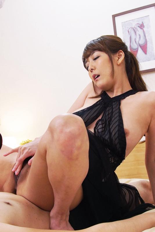 Squirting lover Asagiri Akari wants to make date with you| screenshot-0